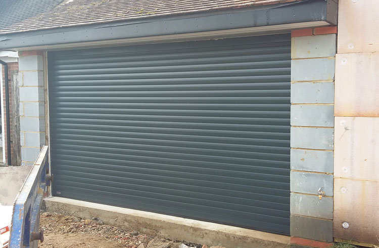 Garage door - Hurley, Berkshire