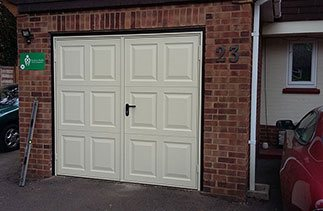 Great customer service, kept us informed throughout the process. Would recommend to others. Lara. Garage door fitted in Camberley, Surrey and supplied with additional internal locking and reconnected to the existing alarm system.