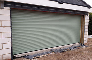 A Sws Seceuroglide Excel in Chartwell Green fitted in Woking, Surrey.